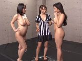 【レズバトル動画】バリタチな巨乳AV女優が全裸レズバトルのキャットファイトでイカセ合う